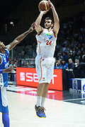DESCRIZIONE : Bologna campionato serie A 2013/14 Acea Virtus Roma Enel Brindisi <br /> GIOCATORE : Riccardo Moraschini<br /> CATEGORIA : tiro three points<br /> SQUADRA : Acea Virtus Roma<br /> EVENTO : Campionato serie A 2013/14<br /> GARA : Acea Virtus Roma Enel Brindisi<br /> DATA : 20/10/2013<br /> SPORT : Pallacanestro <br /> AUTORE : Agenzia Ciamillo-Castoria/GiulioCiamillo<br /> Galleria : Lega Basket A 2013-2014  <br /> Fotonotizia : Bologna campionato serie A 2013/14 Acea Virtus Roma Enel Brindisi  <br /> Predefinita :