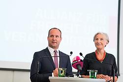 """06.07.2017, Presseclub Concordia, Wien, AUT, NEOS, Pressekonferenz """"Allianz für Freiheit und Verantwortung"""". im Bild v.l.n.r. Klubobmann NEOS Matthias Strolz und die ehemalige OGH Präsidentin und Präsidentschaftskandidatin Irmgard Griss // f.l.t.r. Leader of the Parliamentary Group NEOS Matthias Strolz and former Candidate for Presidential Elections Irmgard Griss during press conference of NEOS in Vienna, Austria on 2017/07/06. EXPA Pictures © 2017, PhotoCredit: EXPA/ Michael Gruber"""