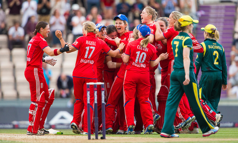 England's Charlotte Edwards and her team celebrate regaining the Women's Ashes after winning the International Twenty20 match at the Ageas Bowl, Southampton.