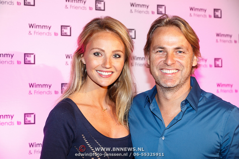 NLD/Laren/20151101 - 10de Free a Girl gala 2015, John Ewbank en partner Kelly Weekers