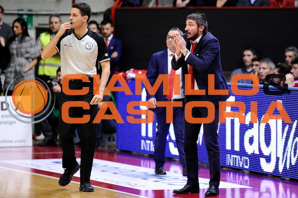 DESCRIZIONE : Varese Lega A 2014-2015 Openjob Metis Varese Banco di Sardegna Sassari<br /> GIOCATORE : Gianmarco Pozzecco<br /> CATEGORIA : delusione<br /> SQUADRA : Openjob Metis Varese<br /> EVENTO : Campionato Lega A 2014-2015<br /> GARA : Openjob Metis Varese Banco di Sardegna Sassari<br /> DATA : 26/12/2014<br /> SPORT : Pallacanestro<br /> AUTORE : Agenzia Ciamillo-Castoria/Max.Ceretti<br /> GALLERIA : Lega Basket A 2014-2015<br /> FOTONOTIZIA : Varese Lega A 2014-2015 Openjob Metis Varese Banco di Sardegna Sassari<br /> PREDEFINITA :