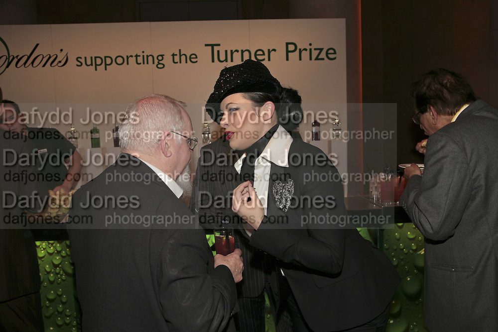 Sir Peter Blake and Immodesty Blaize, Turner Prize 2006. Tate Gallery. London. 4 December 2006. ONE TIME USE ONLY - DO NOT ARCHIVE  © Copyright Photograph by Dafydd Jones 248 CLAPHAM PARK RD. LONDON SW90PZ.  Tel 020 7733 0108 www.dafjones.com