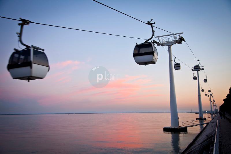 Cable car in Vasco de Parque das NaÁıes, Lisbon, Portugal, Europe ©Carlos Sanchez Pereyra / PILAR REVILLA