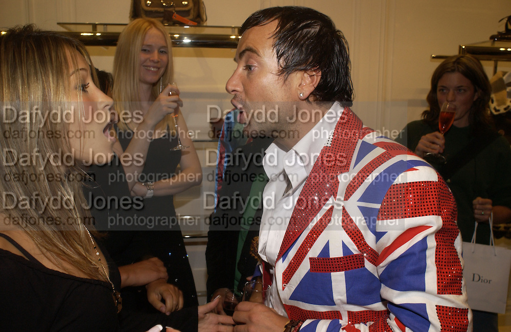 Julian Macdonald and Rachel Stevens, Camilla Morton book 'How To Walk In High Heels: The Girl's Guide To Everything.' launch party. Dior, 17 September 2005 . Saturday 17 September 2005.  ONE TIME USE ONLY - DO NOT ARCHIVE  © Copyright Photograph by Dafydd Jones 66 Stockwell Park Rd. London SW9 0DA Tel 020 7733 0108 www.dafjones.com