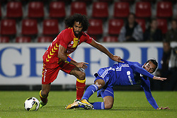 (L-R), La Vere Corbin-Ong of Go Ahead Eagles, Ezra Walian of Almere City FC during the Jupiler League match between Go Ahead Eagles and Almere City  at The Adelaarshorst on September 29, 2017 in Deventer, The Netherlands