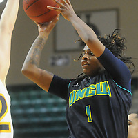 UNCW's Naqaiyyah Teague shoots against Drexel Sunday February 1, 2015 at Trask Coliseum on the campus of UNCW. (Jason A. Frizzelle)