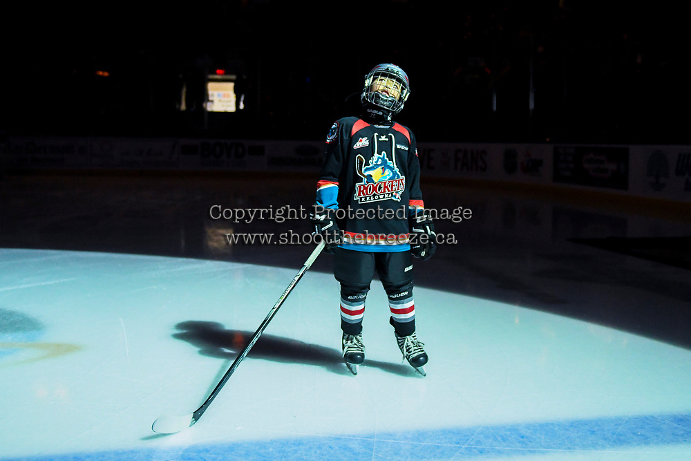KELOWNA, CANADA - NOVEMBER 21: The Pepsi player of the game stands on the blue line against the Regina Pats  on November 21, 2018 at Prospera Place in Kelowna, British Columbia, Canada.  (Photo by Marissa Baecker/Shoot the Breeze)