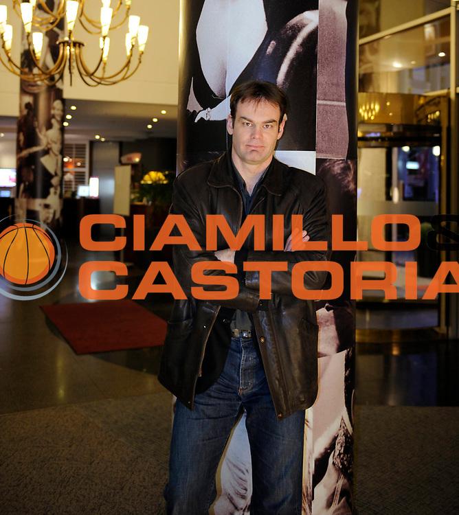 DESCRIZIONE : France Ligue Hand D2 2009/2010 Paris HB Martini Bruno 05/03/2010<br /> GIOCATORE : Martini Bruno Manager General<br /> SQUADRA : Paris<br /> EVENTO : France Ligue Hand 2009/2010<br /> GARA : <br /> DATA : 05/03/2010<br /> CATEGORIA : Ligue Hand Photo magazine Portrait <br /> SPORT : Hand<br /> AUTORE : Jean Francois Molliere par Agence Ciamillo/Castoria <br /> Galleria : France Ligue Hand D2 2009-2010 Ph Magazine <br /> Fotonotizia : France Ligue Hand D2 2009/2010 Paris Bruno Martini Manager General 05/03/2010 <br /> Predefinita :