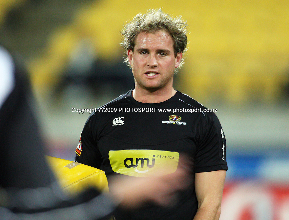 Canterbury's Andy Ellis warms up.<br /> Air NZ Cup Ranfurly Shield match - Wellington Lions v Canterbury at Westpac Stadium, Wellington, New Zealand. Saturday, 29 August 2009. Photo: Dave Lintott/PHOTOSPORT