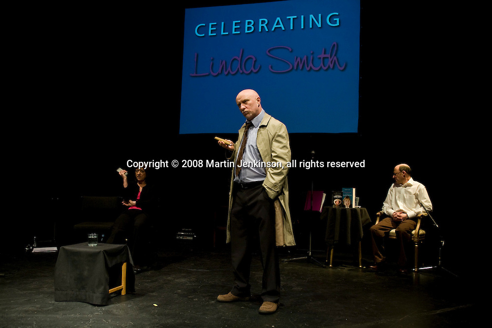 . celebrating Linda Smith, Crucible Studio Sheffield 03/04/08...© Martin Jenkinson, tel 0114 258 6808 mobile 07831 189363 email martin@pressphotos.co.uk. Copyright Designs & Patents Act 1988, moral rights asserted credit required. No part of this photo to be stored, reproduced, manipulated or transmitted to third parties by any means without prior written permission   NUT08