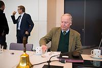 DEU, Deutschland, Germany, Berlin,20.02.2018: Der Vorsitzende der AfD-Bundestagsfraktion, Alexander Gauland (MdB, Alternative für Deutschland, AfD) vor Beginn der Fraktionssitzung der AfD-Fraktion im Deutschen Bundestag.