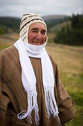 Fortunato Alarcon, 73, en Cebadacancha, Juscaymarca, Ayacucho.