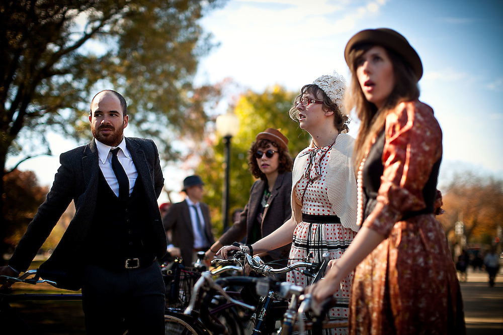 Washington, Nov. 14, 2010 - DC Tweed Ride 2010.