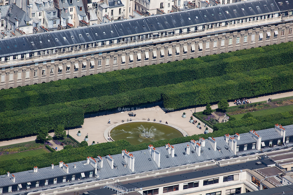 Garden behind the Palais-Royale.