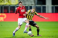 ALKMAAR - 06-02-2016, AZ - Vitesse, AFAS Stadion, AZ speler Thomas Ouwejan, Vitesse speler Kevin Diks