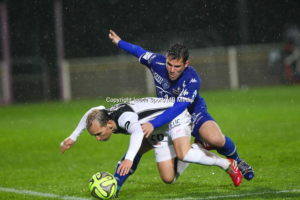 Gilles Cioni / Thibault Giresse - 21.03.2015 - Bastia / Guingamp - 30eme journee de Ligue 1 <br />Photo : Andre Delon / Icon Sport