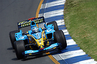 Formel 1, AUTO - F1 2004 - AUSTRALIA GP - MELBOURNE 20040307 - PHOTO : ERIC VARGIOLU / Digitalsport<br /> N¡ 7 - JARNO TRULLI (ITA) / RENAULT - ACTION