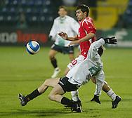 MAURO CANTORO.WISLA KRAKOW (CZERWONO-BIALE STROJE) - GKS BOT BELCHATOW (BIALO-CZARNE  STROJE).PILKA NOZNA, I LIGA ORANGE EKSTRAKLASA.11.11.2006, KRAKOW..FOT. DARIUSZ HERMIERSZ / SPORT-FOTO / MEDIASPORT