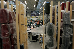 UK ENGLAND CREWE 5APR06 - Workers on the production line at the Bentley Factory in Crewe.<br /> <br /> jre/Photo by Jiri Rezac<br /> <br />  © Jiri Rezac 2006
