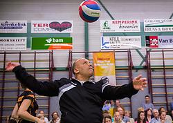 21-04-2016 NED: Springendal Set Up 65 - Vc Sneek, Ootmarsum<br /> Set Up verliest met 3-2 en staat met 2-0 achter in de finale serie best of five, Sneek kan aanstaande zondag kampioen van Nederland worden / Coach Brahim Abchir of Set Up 65