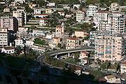 Blick auf Stadt und Hügel, Sanremo, Riviera, Ligurien, Italien | view on town and hills, Sanremo, Riviera, Liguria, Italy