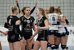 20180425 NED: Eredivisie Sliedrecht Sport - Coolen Alterno, Sliedrecht <br />(L-R) Anna Mebus (4), Lisanne Baak (10) en Linda te Molder (9) of Coolen Alterno <br />©2018-FotoHoogendoorn.nl / Pim Waslander