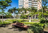 Equipamento urbano na Praça Passeio Pedra Branca, na Cidade Pedra Branca. Palhoça, Santa Catarina, Brasil. / Urban equipment at Passeio Pedra Branca Square, at Cidade Pedra Branca. Palhoca, Santa Catarina, Brazil.