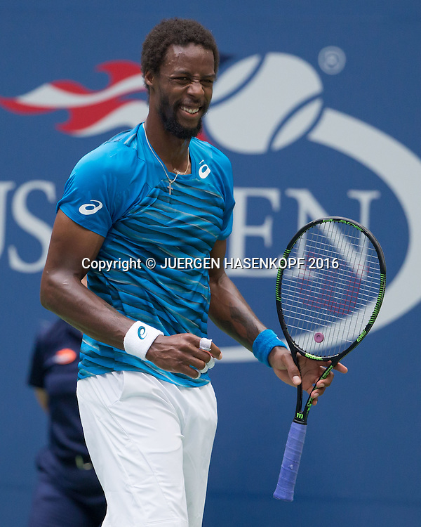 GAEL MONFILS (FRA) reagiert enttaeuscht,Frust,Emotion,<br /> <br /> <br /> Tennis - US Open 2016 - Grand Slam ITF / ATP / WTA -  USTA Billie Jean King National Tennis Center - New York - New York - USA  - 9 September 2016.