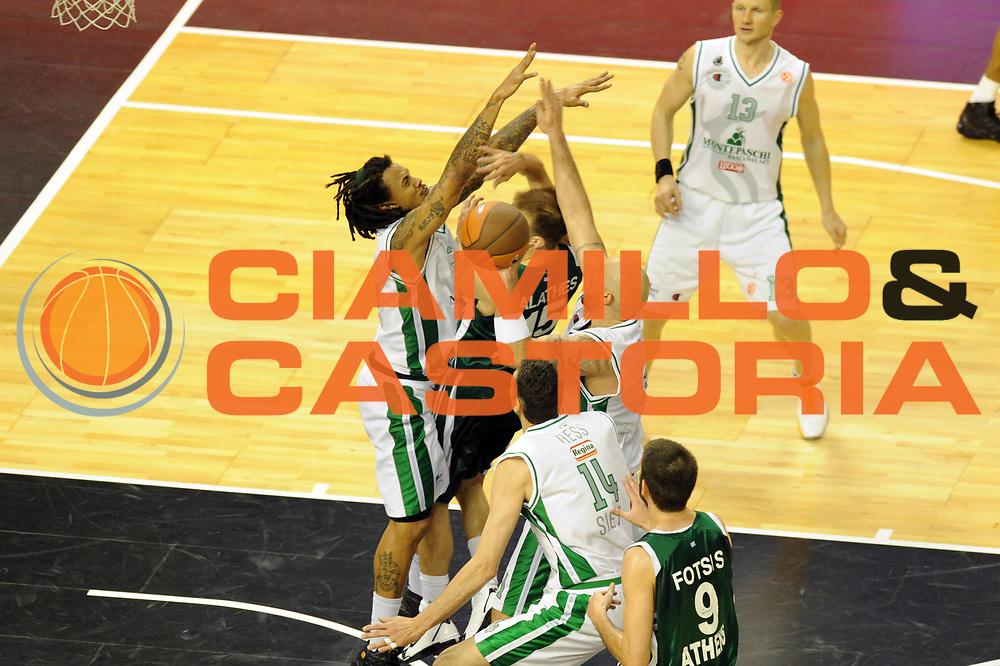DESCRIZIONE : Barcellona Barcelona Eurolega Eurolegue 2010-11 Final Four Semifinale Semifinal Panathinaikos Montepaschi Siena<br /> GIOCATORE : Mani<br /> SQUADRA : <br /> EVENTO : Eurolega 2010-2011<br /> GARA : Panathinaikos Montepaschi Siena<br /> DATA : 06/05/2011<br /> CATEGORIA : mani difesa<br /> SPORT : Pallacanestro<br /> AUTORE : Agenzia Ciamillo-Castoria/GiulioCiamillo<br /> Galleria : Eurolega 2010-2011<br /> Fotonotizia : Barcellona Barcelona Eurolega Eurolegue 2010-11 Final Four Semifinale Semifinal Panathinaikos Montepaschi Siena<br /> Predefinita :