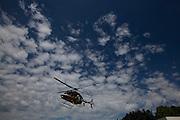 Brasilia_DF, Brasil.<br /> <br /> Reducao de tempo de espera. Equipe do SAMU. Na foto, Resgate e atendimento com o helicoptero da PRF.<br /> <br /> Waiting time reduction. SAMU team. In the photo, rescue and care with the helicopter PRF.<br /> <br /> Foto: MARCUS DESIMONI / NITRO