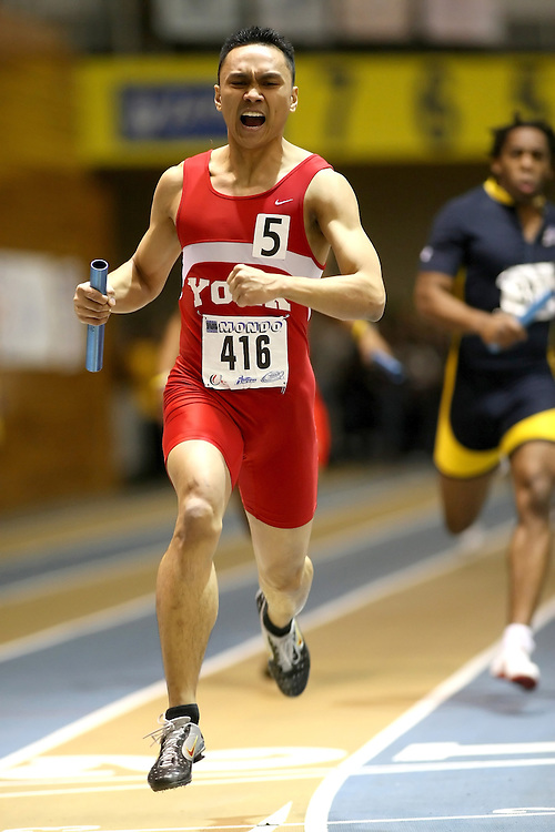 Windsor, Ontario ---14/03/09--- Randolph Fajardo of  York University competes in the 4x200m Relay Final at the CIS track and field championships in Windsor, Ontario, March 14, 2009..Sean Burges Mundo Sport Images