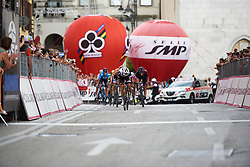 Lucinda Brand (NED) sprints to the line at Giro Rosa 2018 - Stage 10, a 120.3 km road race starting and finishing in Cividale del Friuli, Italy on July 15, 2018. Photo by Sean Robinson/velofocus.com