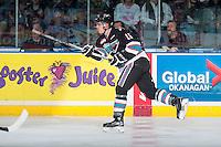 KELOWNA, CANADA - NOVEMBER 20: Kole Lind #16 of Kelowna Rockets makes a pass against the Edmonton Oil Kings on November 20, 2015 at Prospera Place in Kelowna, British Columbia, Canada.  (Photo by Marissa Baecker/ShoottheBreeze)  *** Local Caption *** Kole Lind;