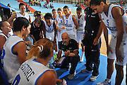 DESCRIZIONE : Cagliari Qualificazioni Campionati Europei Italia Croazia <br /> GIOCATORE : Giampiero Ticchi Coach<br /> SQUADRA : Nazionale Italia Donne <br /> EVENTO :  Qualificazioni Campionati Europei Nazionale Italiana Femminile <br /> GARA : Italia Croazia<br /> DATA : 02/08/2010 <br /> CATEGORIA : Time out<br /> SPORT : Pallacanestro <br /> AUTORE : Agenzia Ciamillo-Castoria/M.Gregolin<br /> Galleria : Fip Nazionali 2010 <br /> Fotonotizia : Cagliari Qualificazioni Campionati Europei Italia Croazia<br /> Predefinita :