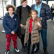 NLD/Utrecht/20190203- Première De LEGO Film 2, Rogier Komproe met familie