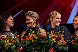 18-12-2019 NED: Sports gala NOC * NSF 2019, Amsterdam<br /> The traditional NOC NSF Sports Gala takes place in the AFAS in Amsterdam / Handbalsters, sportploeg van het jaar 2019, Martine Smeets, Estavana Polman, Rinka Duijndam