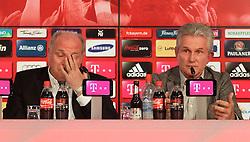 04.06.2013, Alianz Arena, Muenchen, GER, 1. FBL, FC Bayern Muenchen, Pressekonferenz, im Bild, Jupp Heynckes verabschiedet sich bei FC Bayern mit Uli Hoeness. Links Uli Hoeness, rechts Jupp Heynckes // during a presss conference of FC Bayern Munich at the Alianz Arena, Munich, Germany on 2013/06/04. EXPA Pictures &copy; 2013, PhotoCredit: EXPA/ Eibner/ Ruiz<br /> <br /> ***** ATTENTION - OUT OF GER *****