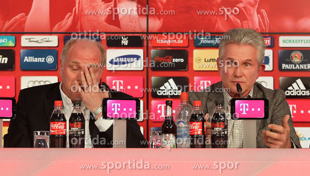 04.06.2013, Alianz Arena, Muenchen, GER, 1. FBL, FC Bayern Muenchen, Pressekonferenz, im Bild, Jupp Heynckes verabschiedet sich bei FC Bayern mit Uli Hoeness. Links Uli Hoeness, rechts Jupp Heynckes // during a presss conference of FC Bayern Munich at the Alianz Arena, Munich, Germany on 2013/06/04. EXPA Pictures © 2013, PhotoCredit: EXPA/ Eibner/ Ruiz<br /> <br /> ***** ATTENTION - OUT OF GER *****