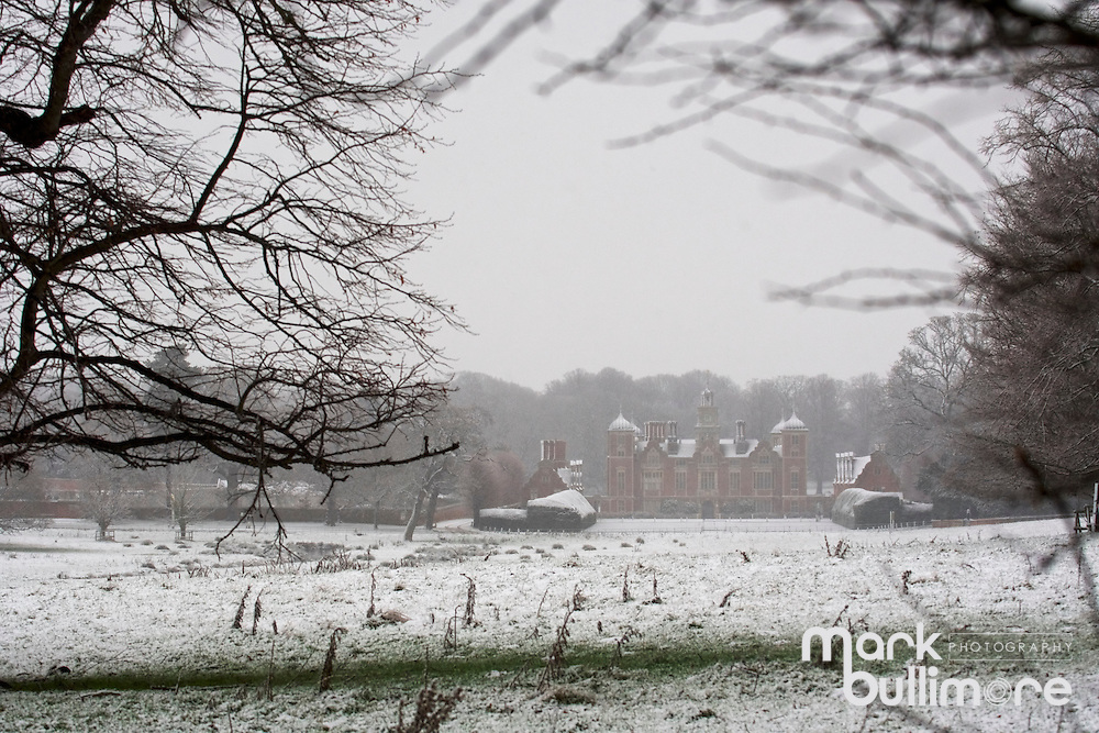Blickling, Norfolk. Snow covers Blickling Hall, part of the National Trust's Blickling Hall Estate near Aylsham. <br /> <br /> Picture: MARK BULLIMORE