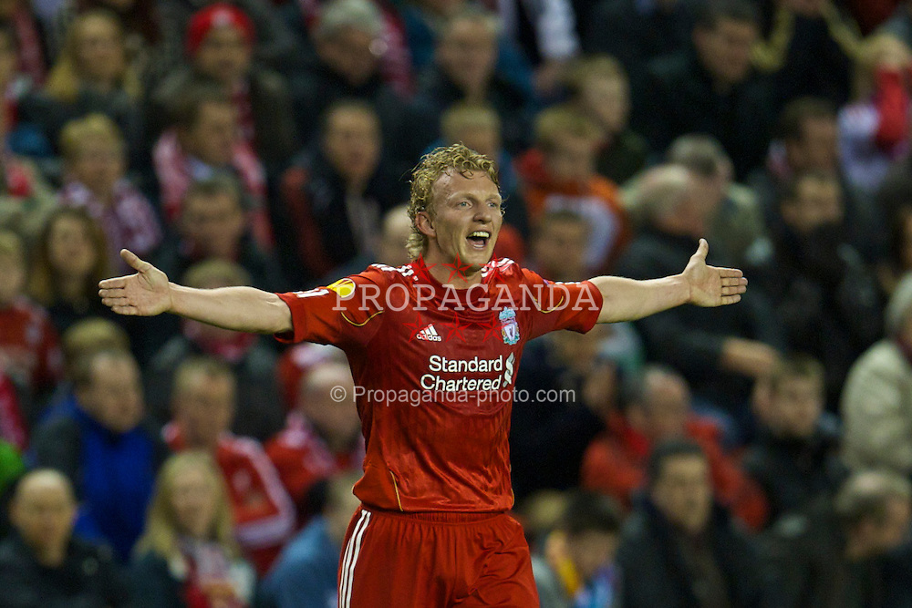 LIVERPOOL, ENGLAND, Thursday, February 24, 2011: Liverpool's Dirk Kuyt in action against AC Sparta Praha during the UEFA Europa League Round of 32 2nd leg match at Anfield. (Photo by David Rawcliffe/Propaganda)