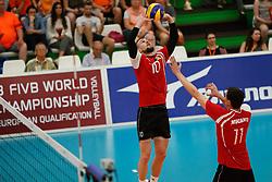 20170525 NED: 2018 FIVB Volleyball World Championship qualification, Koog aan de Zaan<br />Marin Lescov (10) of Republic of Moldova <br />©2017-FotoHoogendoorn.nl / Pim Waslander