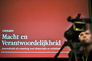 Nederland Amsterdam 4 november 2011<br /> Seymour Hersh sreekt over zijn ervaringen als journalist.<br /> Congres van de Stichting Democrarie en Media met als thema ( over het belang van kwaliteitsjournalistiek voor een open samenleving ) Macht en Verandwoordelijkheid op de Dag van de Journalistiek in de Balie.<br /> Foto: Jan Boeve