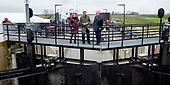 Koning Willem-Alexander neemt het Reevediep in gebruik
