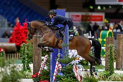 BICOCCHI Emilio (ITA), Call Me<br /> Genf - CHI Geneve Rolex Grand Slam 2019<br /> Prix Radio Lac<br /> Internationales Springen Fehler/Zeit<br /> International Jumping Competition 1m40<br /> Table A: Against the Clock<br /> 12. Dezember 2019<br /> © www.sportfotos-lafrentz.de/Stefan Lafrentz
