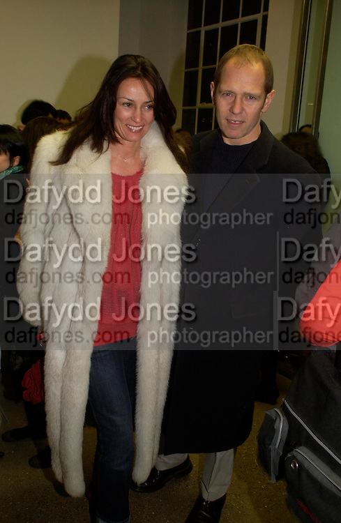 Paul and Trisha Simonon. Chemical Life Support opening, White Cube. 3 March 2005. ONE TIME USE ONLY - DO NOT ARCHIVE  © Copyright Photograph by Dafydd Jones 66 Stockwell Park Rd. London SW9 0DA Tel 020 7733 0108 www.dafjones.com