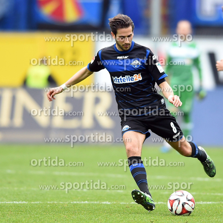 11.04.2015, Benteler Arena, Paderborn, GER, 1. FBL, SC Paderborn 07 vs FC Augsburg, 28. Runde, im Bild Bild: Mario Vrancic (SC Paderborn 07) // during the German Bundesliga 28th round match between SC Paderborn 07 and FC Augsburg at the Benteler Arena in Paderborn, Germany on 2015/04/11. EXPA Pictures &copy; 2015, PhotoCredit: EXPA/ Eibner-Pressefoto/ Sippel<br /> <br /> *****ATTENTION - OUT of GER*****