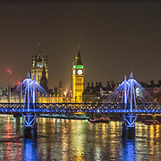 Il Big Ben e il Jubilee Bridge, il ponte pedonale che collega Covent Garden e la riva sud del Tamigi vicino al London Eye<br /> <br /> The Big Ben and the Jubilee Bridge, the pedestrian bridge that links Covent Garden and the South Bank of Thames near the London Eye<br /> <br /> #6d, #photooftheday #picoftheday #bestoftheday #instadaily #instagood #follow #followme #nofilter #everydayuk #canon #buenavistaphoto #photojournalism #flaviogilardoni <br /> <br /> #london #uk #greaterlondon #londoncity #centrallondon #cityoflondon #londontaxi #londonuk #visitlondon<br /> <br /> #photo #photography #photooftheday #photos #photographer #photograph #photoofday #streetphoto #photonews #amazingphoto #blackandwhitephoto #dailyphoto #funnyphoto #goodphoto #myphoto #photoftheday #photogalleries #photojournalist #photolibrary #photoreportage #pressphoto #stockphoto #todaysphoto #urbanphoto