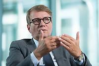12 MAY 2016, BERLIN/GERMANY:<br /> Ronald Pofalla, Mitglied des Vorstandes der Deutschen Bahn AG und Bundesminister a.D., waehrend einem Interview, Bahn Tower<br /> IMAGE: 20160512-01-018