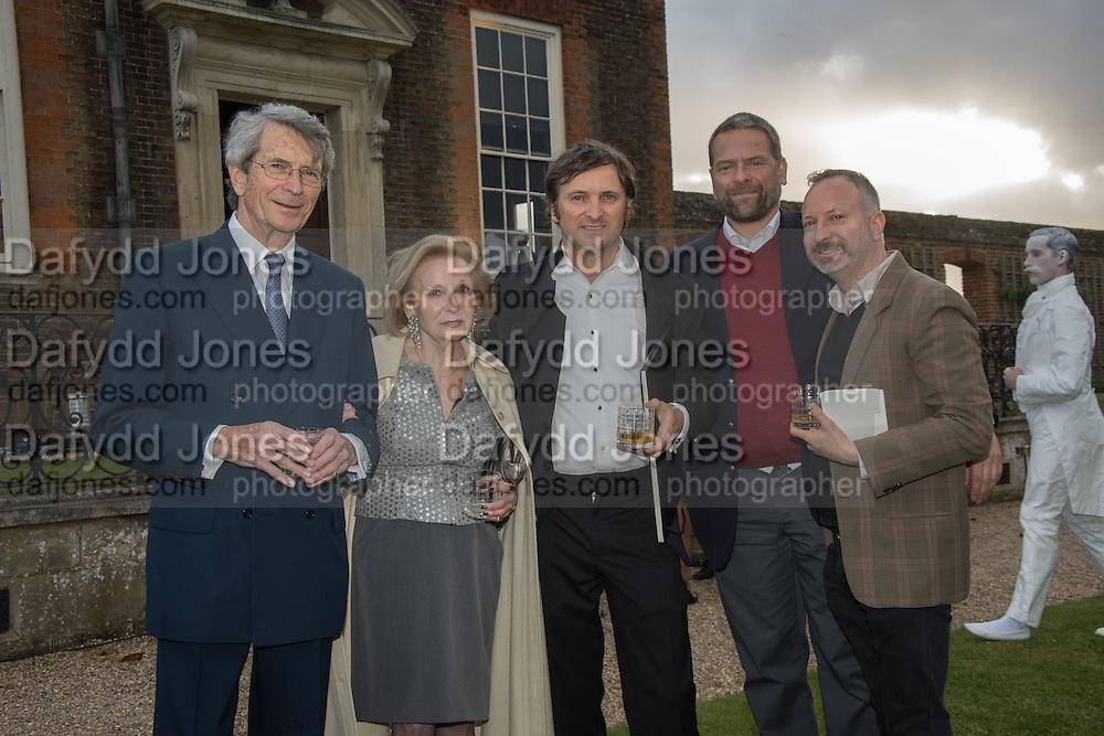 MARTIN LUTYENS; BEATRIZ LUTYENS; MARCOS LUTYENS; CHRIS LONDON; DOMINIC LUTYENSPerdurity: A Moving Banquet of Time. Royal Salute curates a timeless evening at Hampton Court Palace with Marcos Lutyens, 2 June 2015.