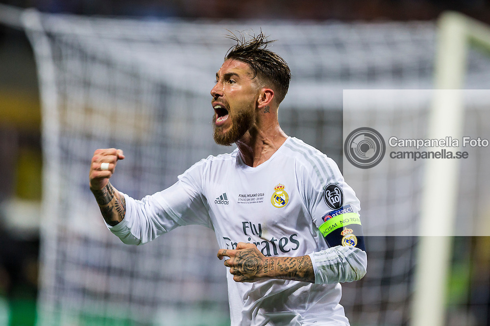 MILAN, ITALY - MAY 28: Sergio Ramos of Real Madrid celebrates scoring the opening goal at Stadio Giuseppe Meazza on May 28, 2016 in Milan, Italy. (Photo by MICHAEL CAMPANELLA/Getty Images) *** Local Caption *** Sergio Ramos